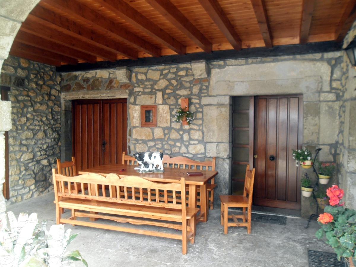 Porches c ntabros piedra y vigas de madera h ctor m - Fotos de porches rusticos ...
